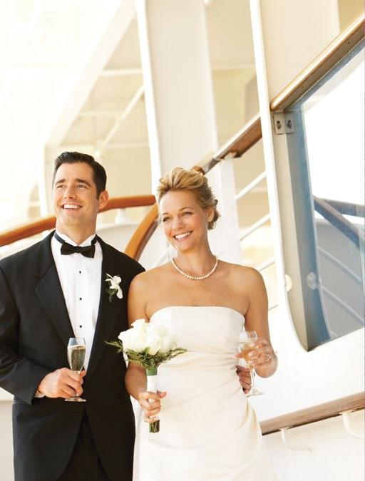 Cruising Through Your Honeymoon – Set sail to newlywed bliss aboard a custom cruise