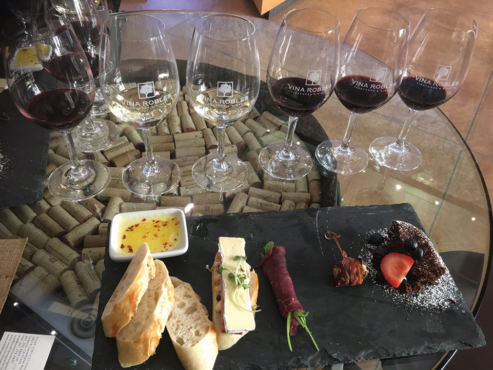 tasting-at-vina-robles