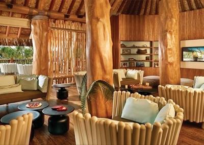 Honeymoon-Polynesian-Islands-2