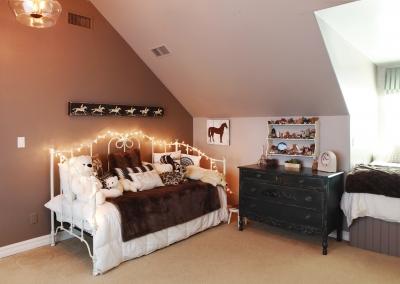 Million$Home-Manthei's-P17